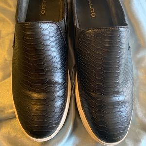 Snake print shoes!